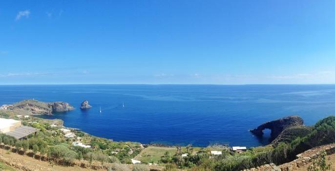 faraglione-arco-elefante-pantelleria