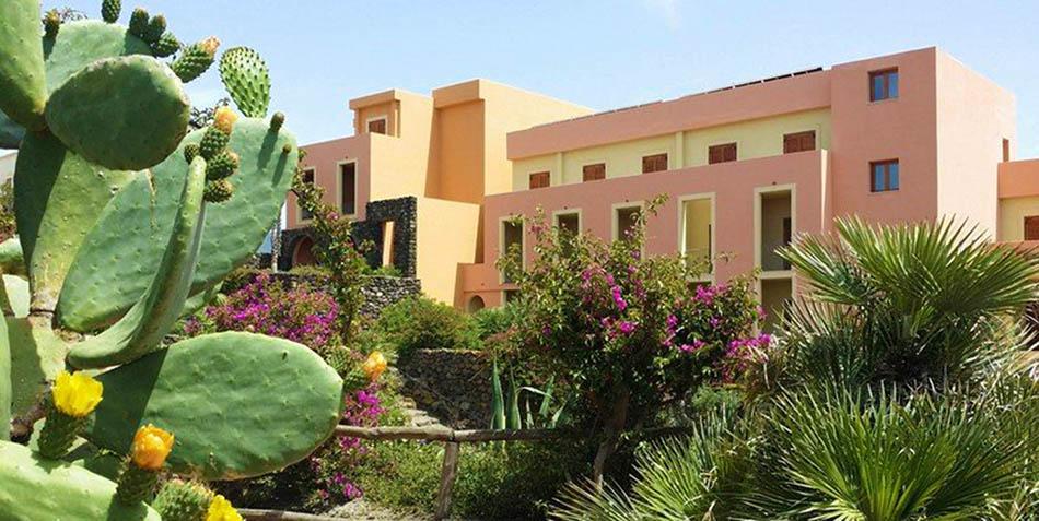 hotel-village-suvaky-pantelleria-2