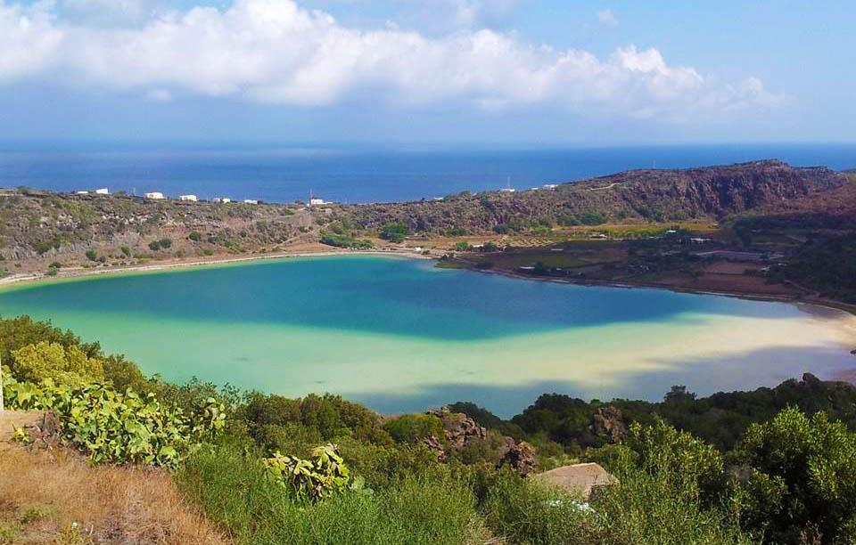 cosa-vedere-a-pantelleria-lago-di-venere