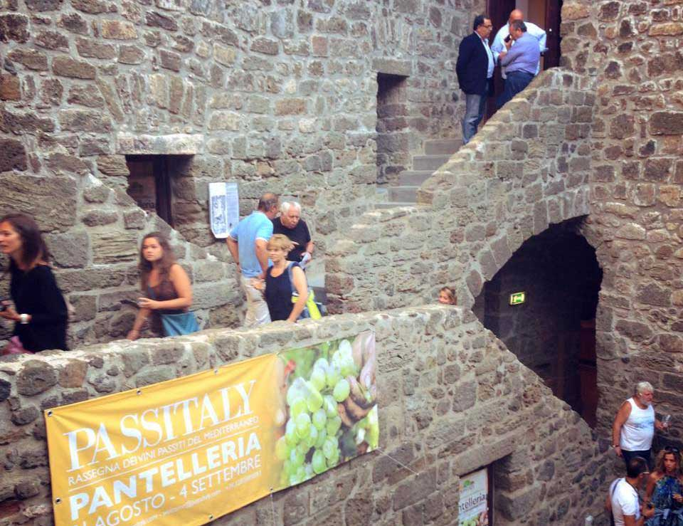 interno-castello-pantelleria