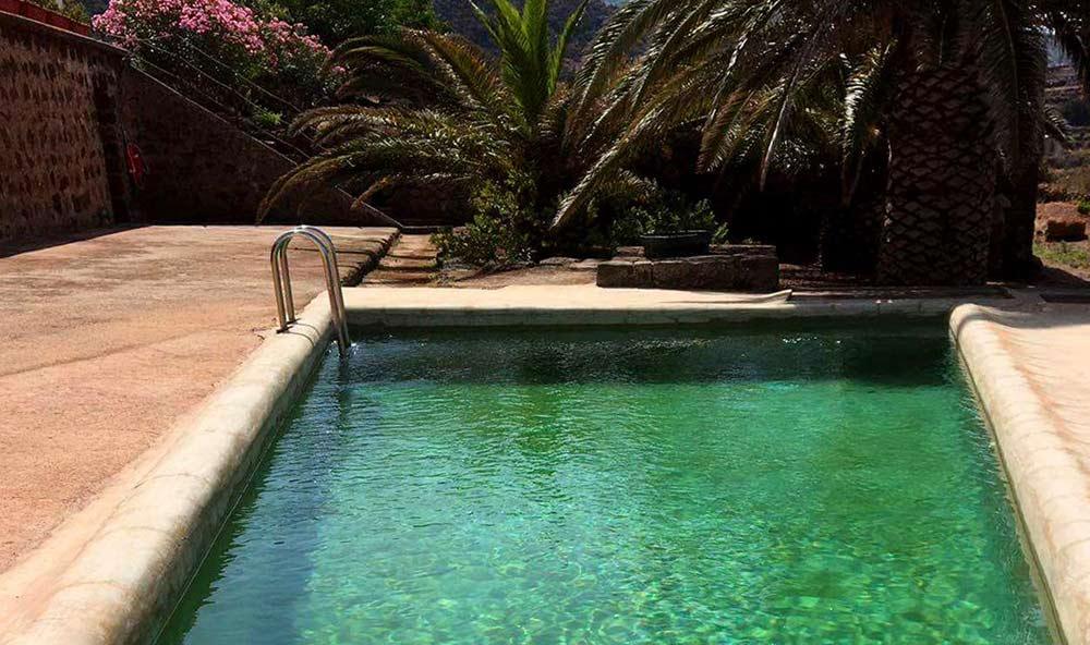 piscina-case-vacanza-il-mulino-di-scauri